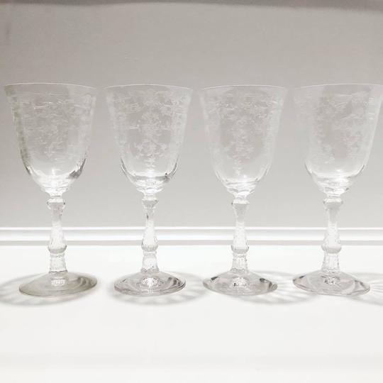 Preload https://img-static.tradesy.com/item/27448723/clear-with-white-floral-decal-1930s-etched-glasses-barware-0-0-540-540.jpg