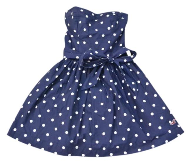 Preload https://item4.tradesy.com/images/hollister-navywhite-polka-dots-above-knee-short-casual-dress-size-2-xs-274503-0-0.jpg?width=400&height=650