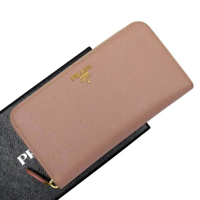Item - Gold / Pink Zipper Leather Ladies Wallet