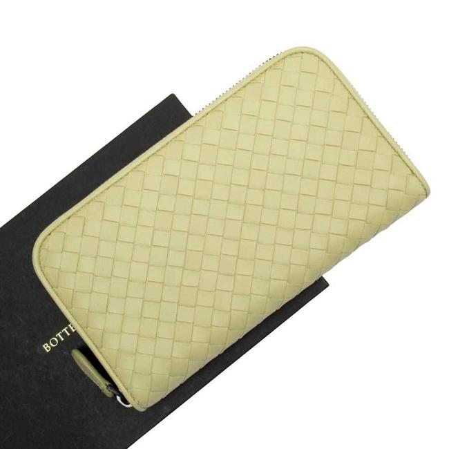 Item - Beige Long Round Fastener Intrecciato Leather Ladies Men H23101 Wallet