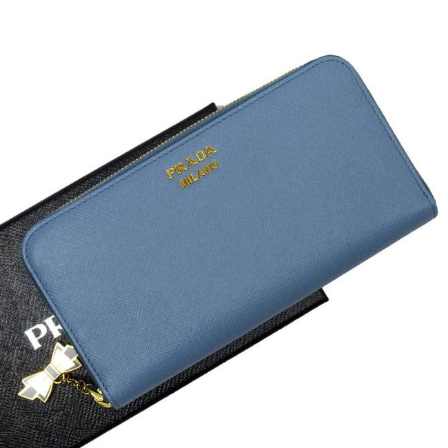 Item - Blue / Gold Round Zipper Saffiano Leather Ladies Wallet