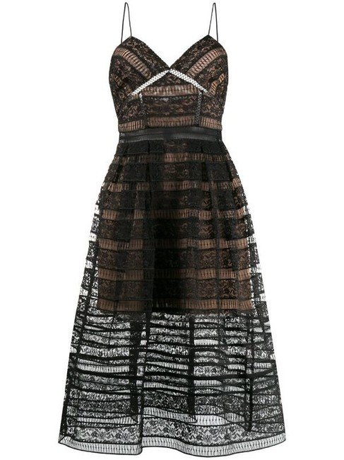 Item - Black / Beige Embroidered Floral Lace Midi Mid-length Cocktail Dress Size 6 (S)