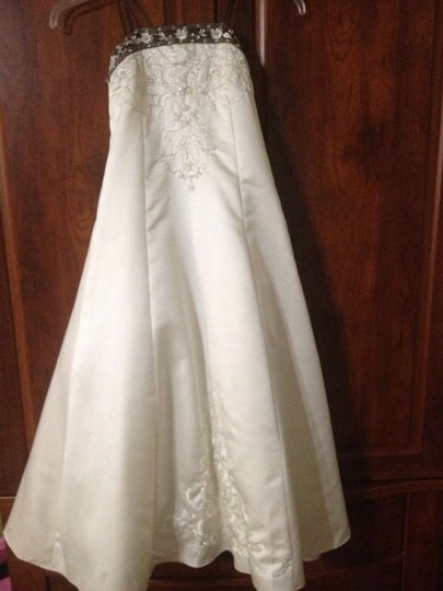 Forever Yours Ivory/Chocolate Formal Bridesmaid/Mob Dress Size 8 (M)