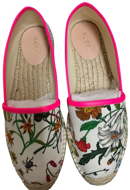 Item - White Floral Canvas Slip-on Espadrilles Flats Size EU 37.5 (Approx. US 7.5) Regular (M, B)