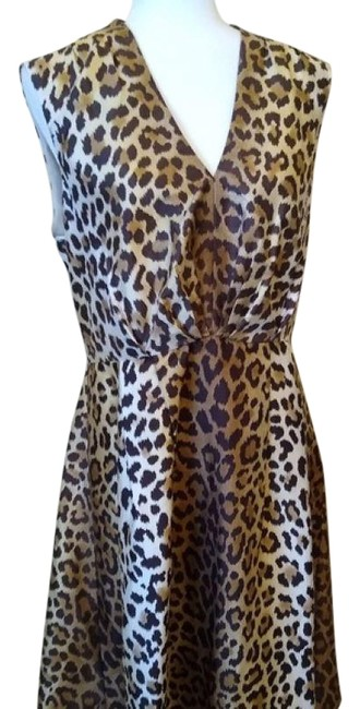 Item - Brown Tan Beige Leopard Play The Wild Card Mid-length Cocktail Dress Size 12 (L)
