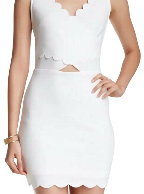 Item - White Tea N Cup Scalloped Small. Short Cocktail Dress Size 4 (S)