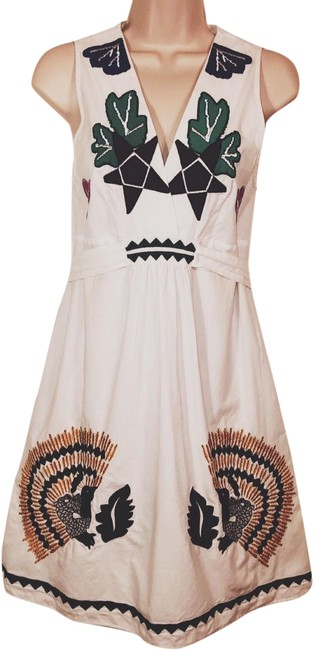 Item - White Cotton Sleeveless Embroidered Short Casual Dress Size 10 (M)