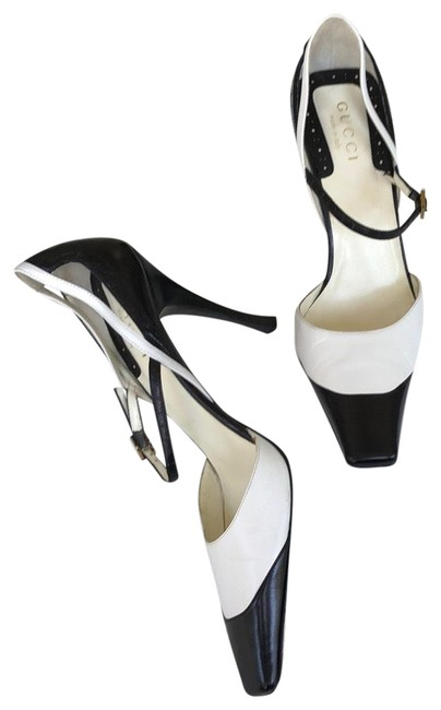 Item - Black White And Square Toe Heels Pumps Size US 7.5 Wide (C, D)