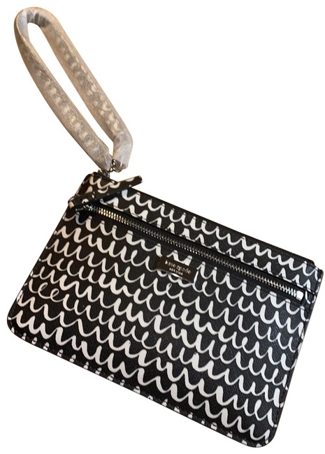 Item - Shore Street Pop Scallop Tinie Black and White Leather Wristlet