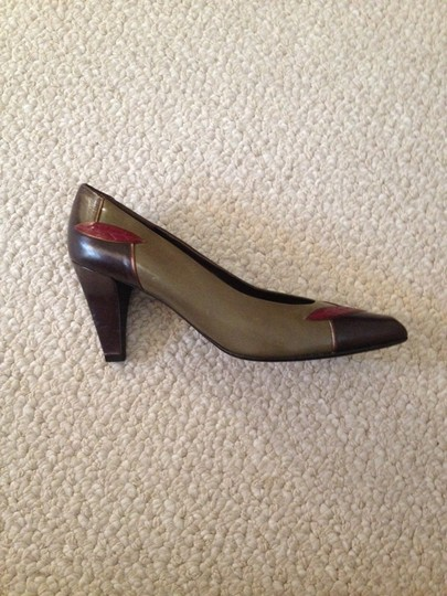 Bally Leather Vintage Italian Chocolate Brown, Olive Green + Burgundy accent Pumps