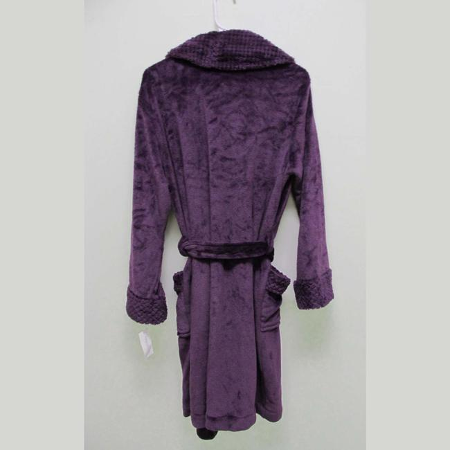 Charter Club Purple Short Dimple Contrast Robe Size Med Charter Club Purple Short Dimple Contrast Robe Size Med Image 2