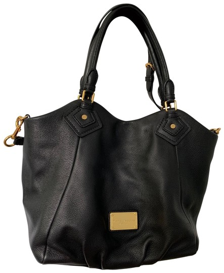 Preload https://img-static.tradesy.com/item/27474574/marc-jacobs-classic-black-leather-exterior-textile-lining-tote-0-1-540-540.jpg