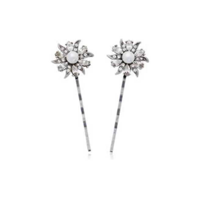 Item - Silver Floral and Lace Hair Pin Earrings