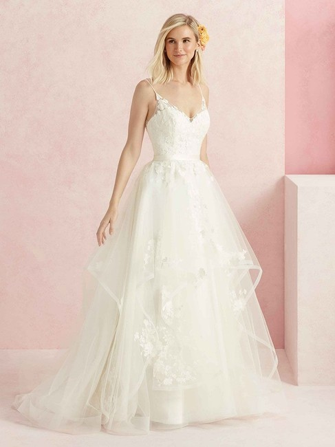 Item - White Tulle / Lace Sweet. Style Bl219 Wedding Dress Size 12 (L)