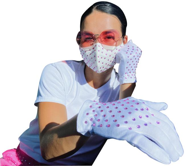 Item - White Womens Fashion Face Mask Gloves Eye Mask Set Travel Kit Rhinestones Scarf/Wrap