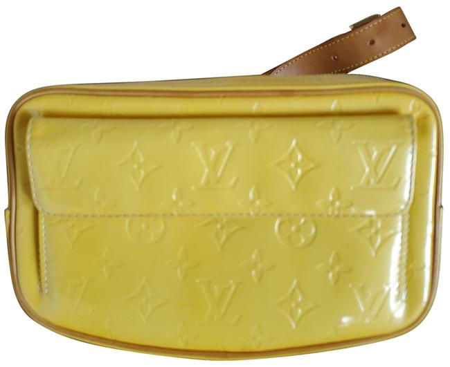 Item - Vernis Fanny Pack Yellow Leather Messenger Bag