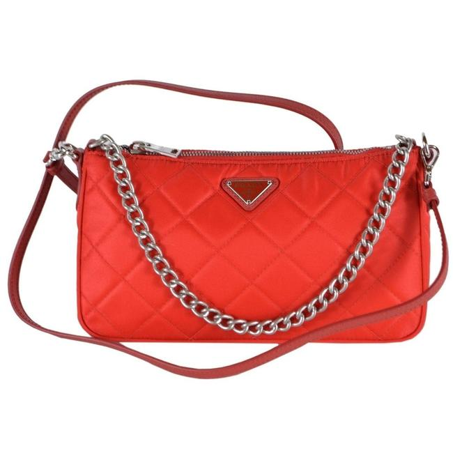 Item - Quilted Tessuto Rosso Triangle Logo 1bh026 Red Nylon Cross Body Bag