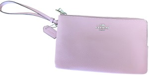 Coach Leather Pastel Classic Wristlet in Light pink