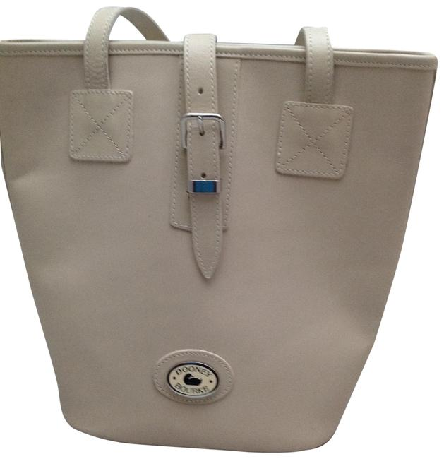 Item - And Toiny Purse Ivory/Cream Leather Shoulder Bag
