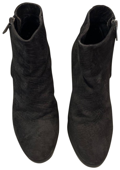 Item - Black Leather Boots/Booties Size EU 37 (Approx. US 7) Regular (M, B)