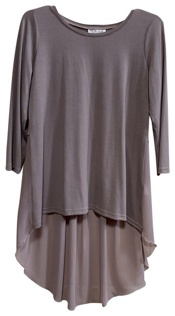"Item - Taupe W Hi-lo W/Pleated Sheer ""tails"" Tee Shirt Size 10 (M)"