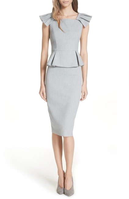 Item - Grey Working Title Pleated Shoulder Peplum Mid-length Formal Dress Size 2 (XS)