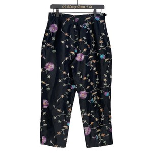 Anne Carson Embroidered Floral Silk Capri/Cropped Pants Black