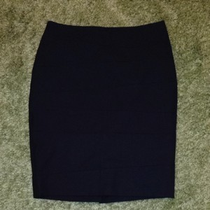 The Limited Lined Zipper Skirt Black