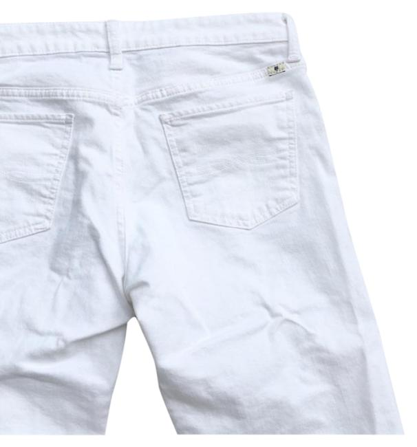 Item - White Light Wash Relaxed Fit Jeans Size 31 (6, M)
