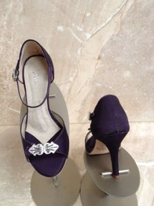 Angela Nuran Aubergine Astoria Hi 2011 Sandals Size US 6.5