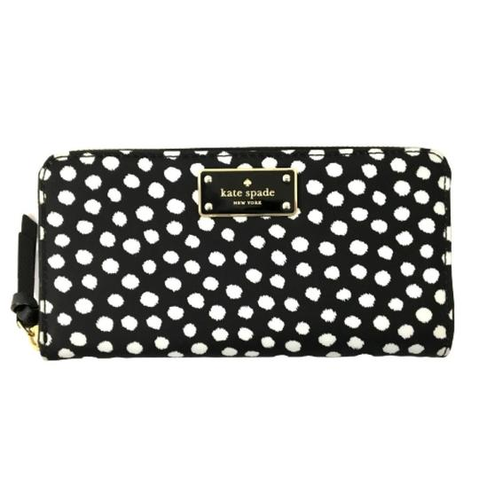 Preload https://img-static.tradesy.com/item/27508859/kate-spade-black-white-women-s-dot-nylon-wallet-0-0-540-540.jpg