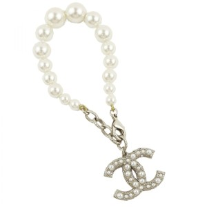 Chanel Chanel A18 A Coco Mark Bracelet Artificial pearl Ladies White / Champagne Gold Z2-2884