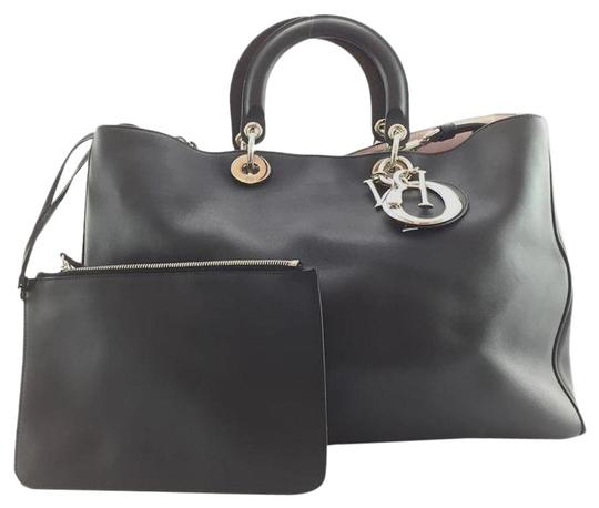 Preload https://img-static.tradesy.com/item/27510792/dior-with-pochette-silver-large-diorissimo-black-leather-shoulder-bag-0-1-540-540.jpg