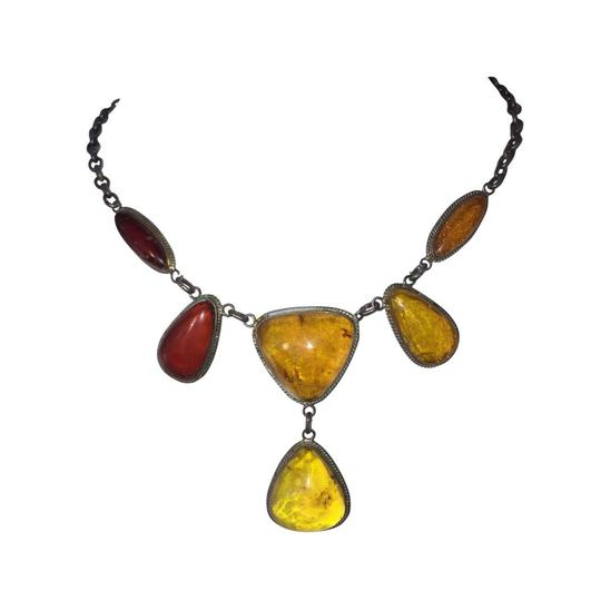 Preload https://img-static.tradesy.com/item/27511041/silver-russian-baltic-and-cherry-amber-cabochon-necklace-0-0-540-540.jpg