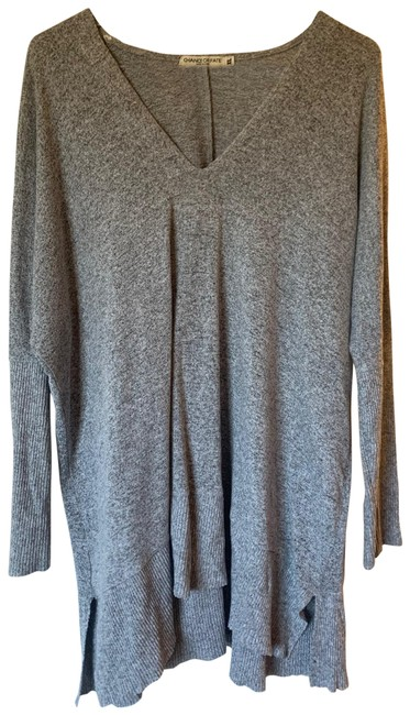 Preload https://img-static.tradesy.com/item/27511108/oversized-gray-sweater-0-1-650-650.jpg