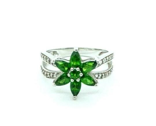 Preload https://img-static.tradesy.com/item/27511304/women-s-green-cz-peridot-colored-cz-sterling-925-silver-flower-20736-ring-0-1-540-540.jpg