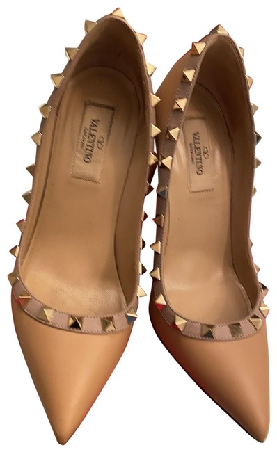 Valentino Leather Beige Rockstud Pumps Size EU 35 (Approx. US 5) Regular (M, B) Valentino Leather Beige Rockstud Pumps Size EU 35 (Approx. US 5) Regular (M, B) Image 1
