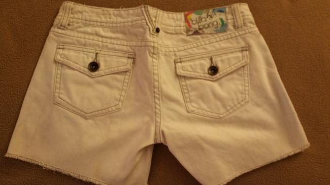 Billabong Denim Label Size 1 Very Comfortable Gently Worn A Few Times Cut Off Shorts Off White/Cream