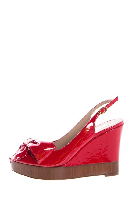 Item - Red Patent Leather with Bow Wedges Size EU 36 (Approx. US 6) Regular (M, B)