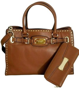 Michael Kors Mk Large Hamilton Whipped Stitch Mk And Wallet Tote in LUGGAGE BROWN/Gold Hardware