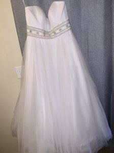 Oleg Cassini White Cpk440 Modern Wedding Dress Size 14 (L)