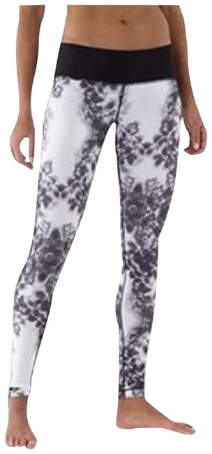 Preload https://img-static.tradesy.com/item/27521009/lululemon-black-white-wunder-under-roses-pant-activewear-bottoms-size-10-m-31-0-1-650-650.jpg