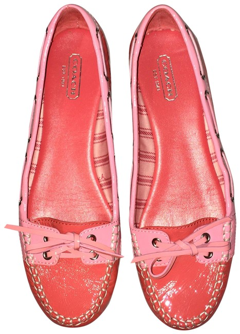 Item - Pink White Coral And Patent Topsiders with Bows Flats Size US 7 Regular (M, B)