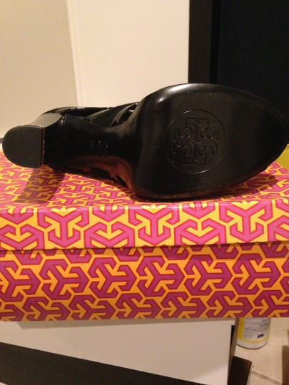 Tory Burch Suade Patent Leather Gold Sandal Dressy Fancy Black Boots
