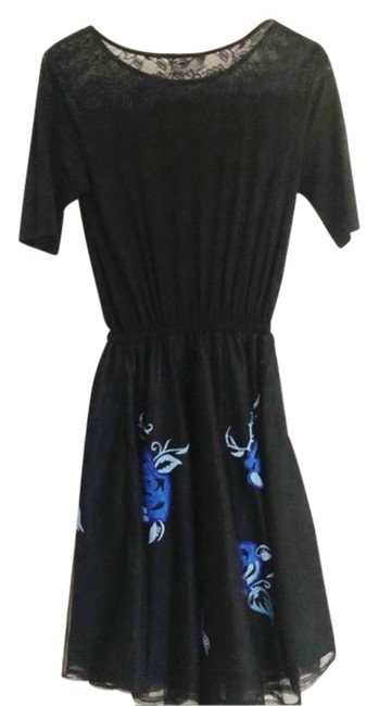 Item - Black Blue Floral Embroidered Fit And Mid-length Short Casual Dress Size 8 (M)