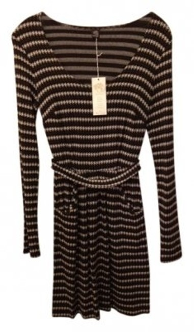 Preload https://img-static.tradesy.com/item/27525/only-hearts-brown-black-ivory-stripe-scoop-neck-with-front-pockets-long-short-casual-dress-size-2-xs-0-0-650-650.jpg