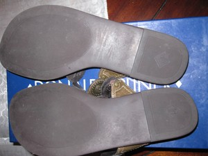 Donald J Pliner Flip Flops Thongs bronze Sandals