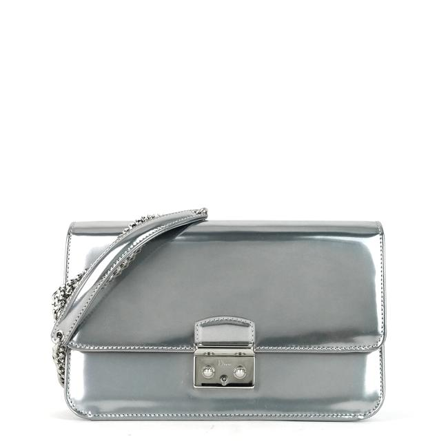 Item - Wallet on Chain Miss Promenade Large Silver Patent Leather Cross Body Bag