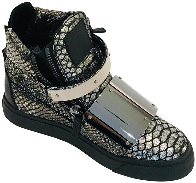 Item - Silver Ace High-top Sneakers Size EU 35 (Approx. US 5) Regular (M, B)