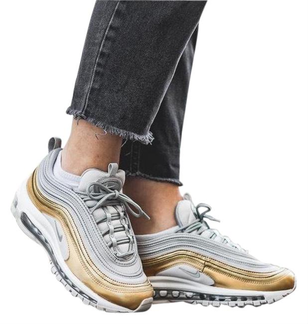 Item - Silver Women's Air Max 97 Se Metallic Max Air Unit Provides Lightweight Cushioning. Style/Color: Sneakers Size US 7.5 Narrow (Aa, N)
